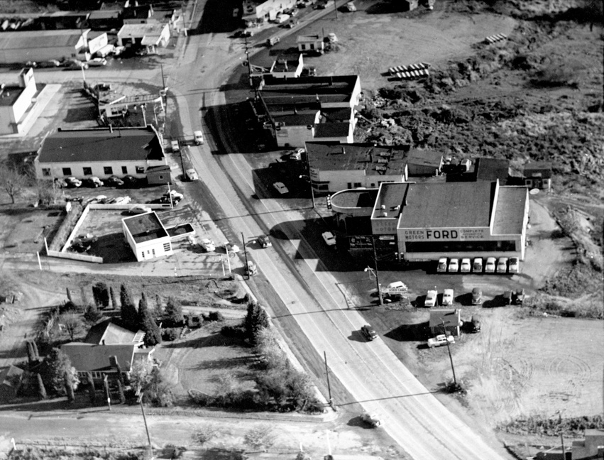 aerial_view_green_motors_area_1952-sm