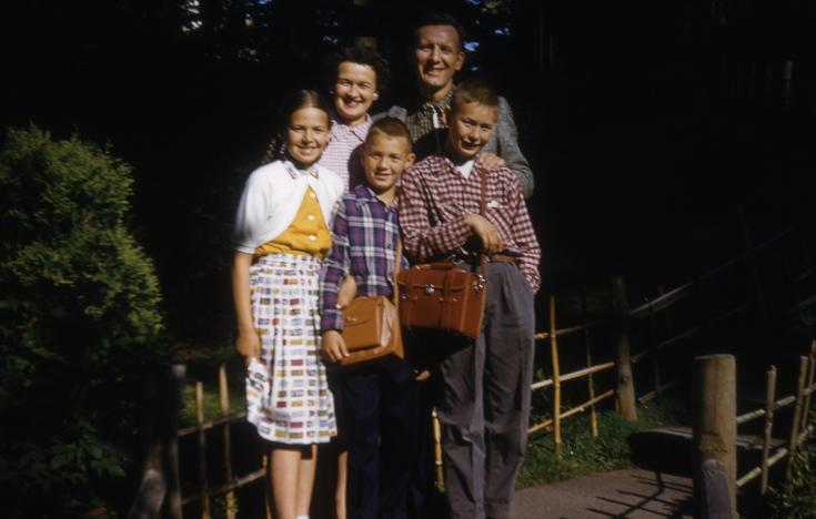 The Green family on a 1956 trip to California. San Francisco's Japanese Tea Garden.